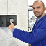 Obsługa technologii sterowania SchwankControl Touch firmy Schwank.